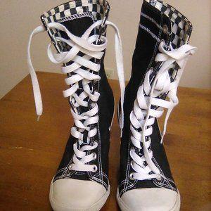 SODA lace-up hi-heel sneaker boots